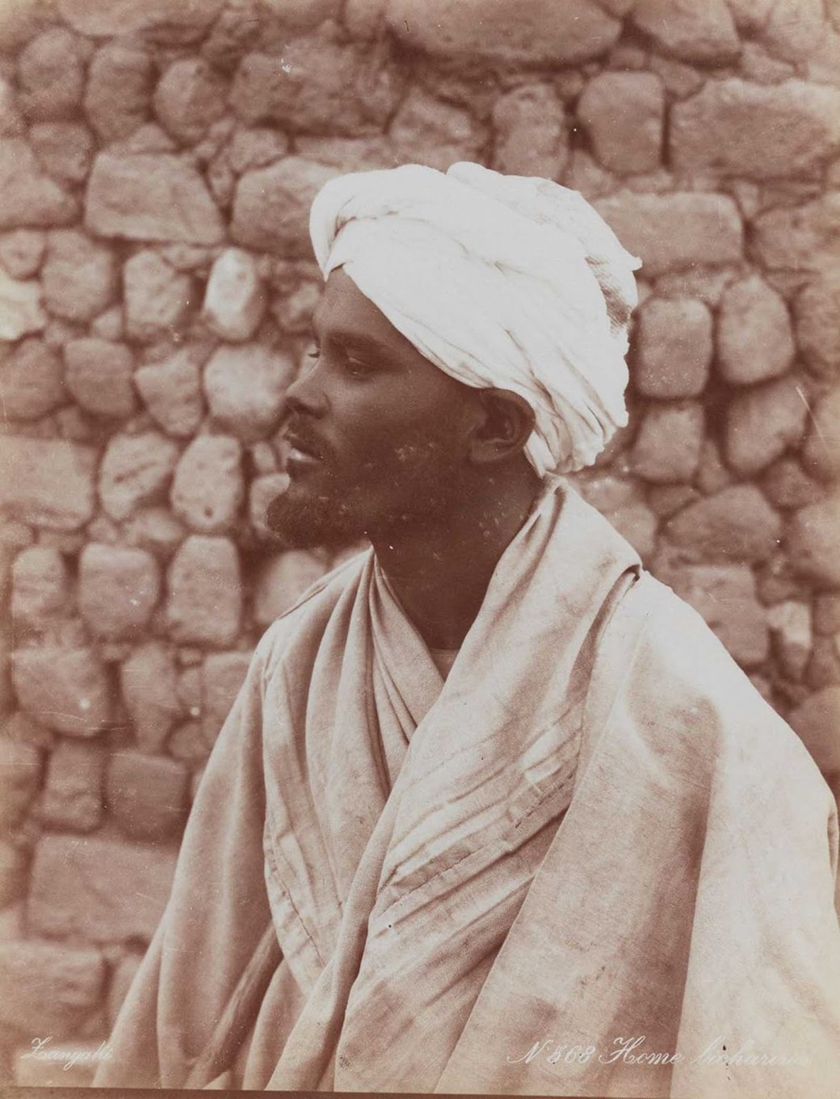 Homem da tribo Bisharin