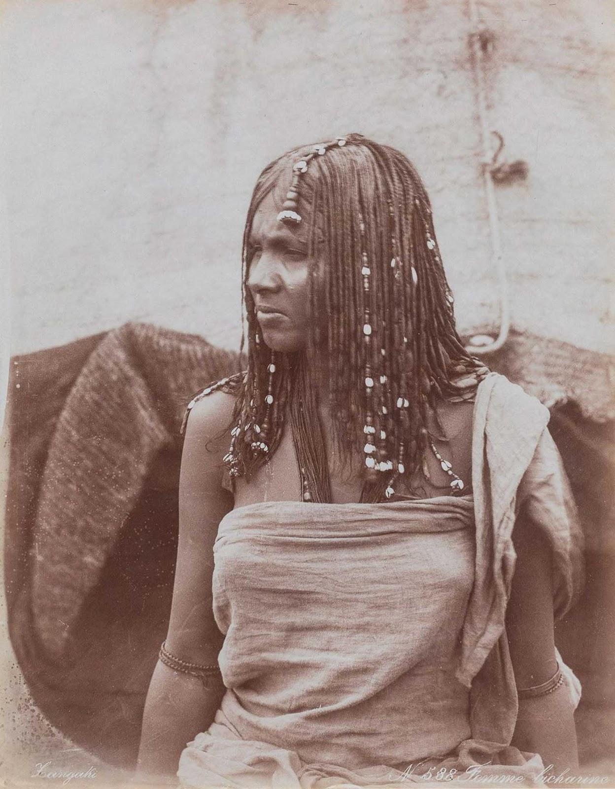 Mulher da tribo Bisharin