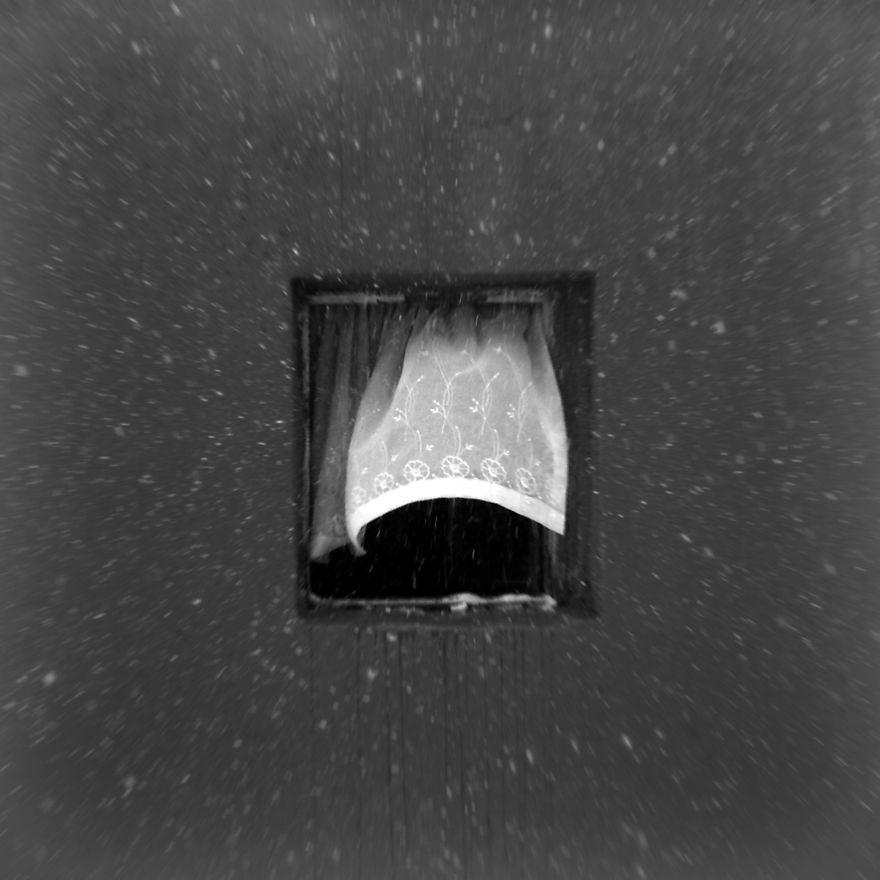 Flocos de neve e janela