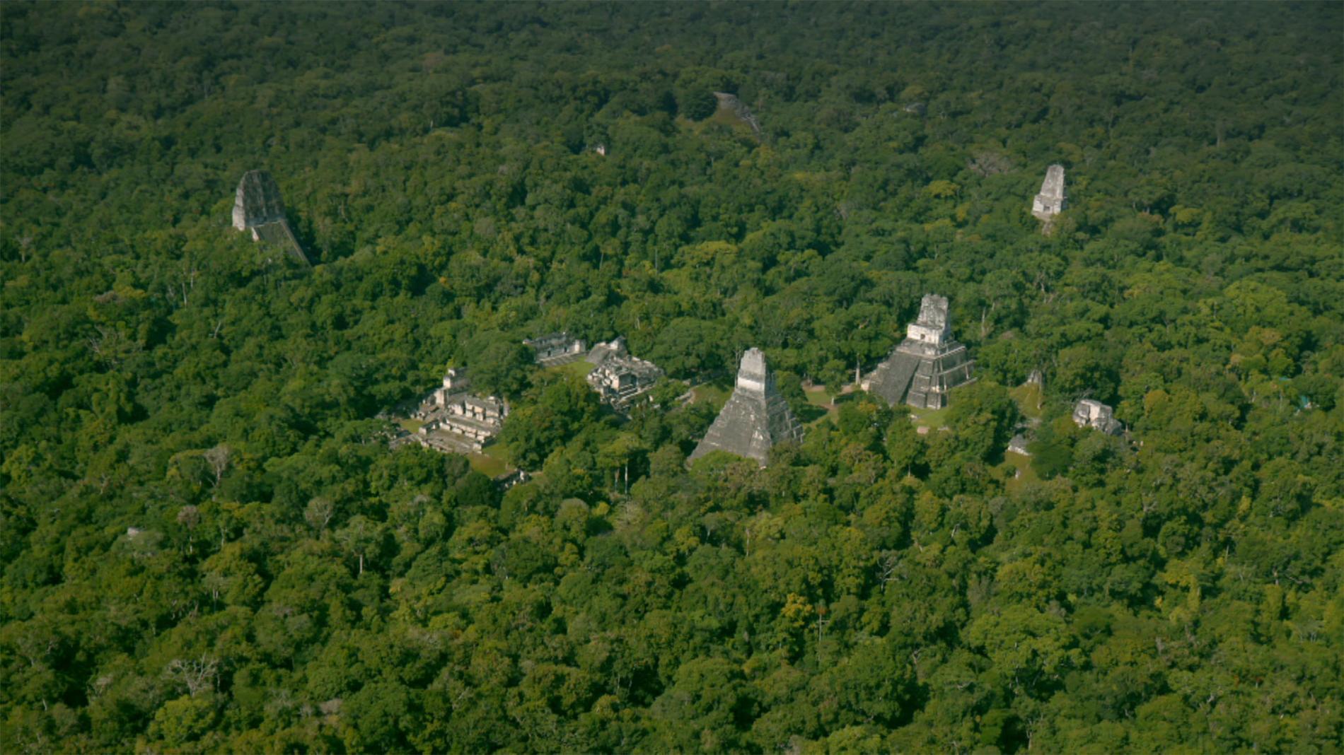 Estruturas maias na Guatemala