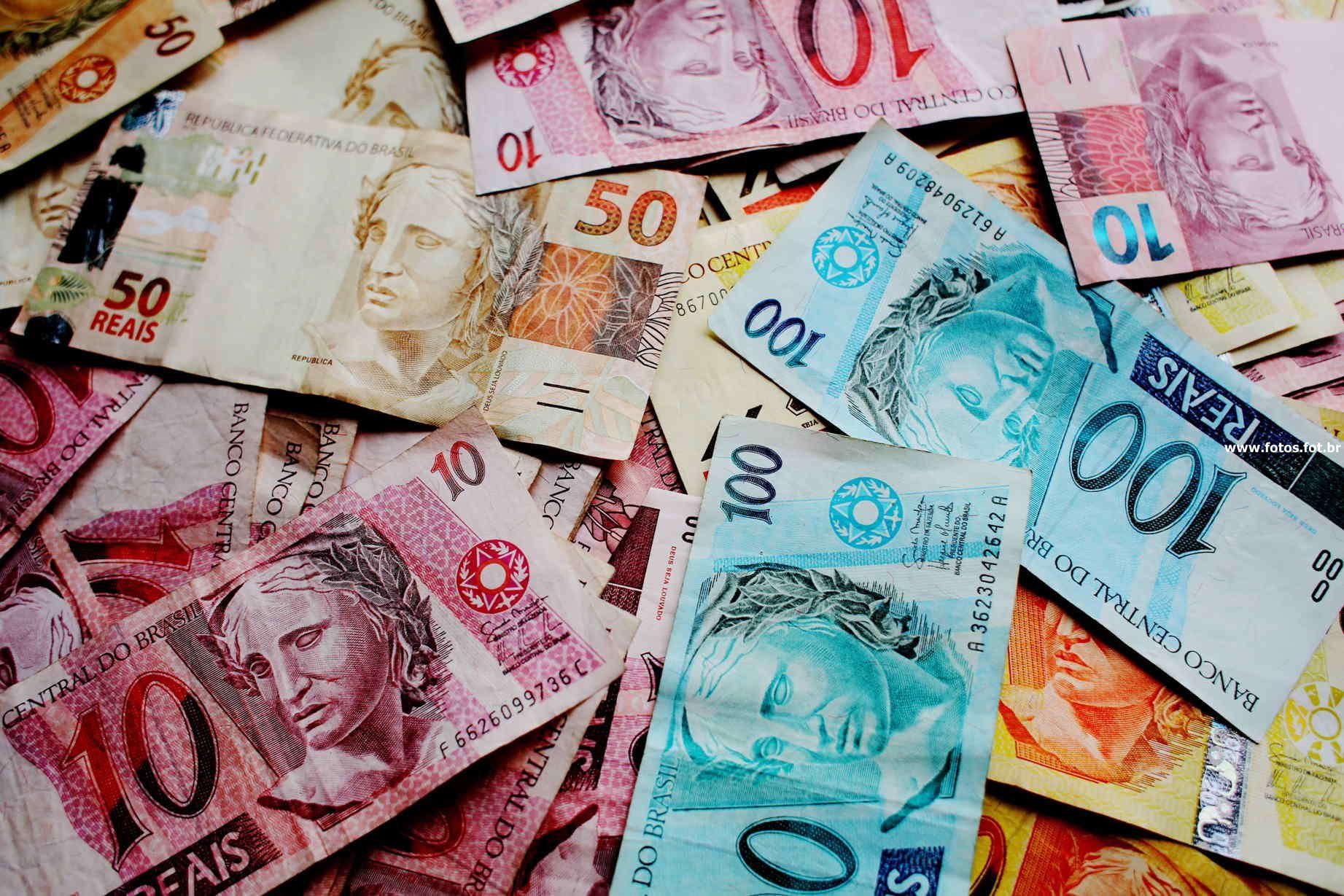 Veja a tabela de preços de notas falsas vendidas pelo WhatsApp no Brasil - TecMundo