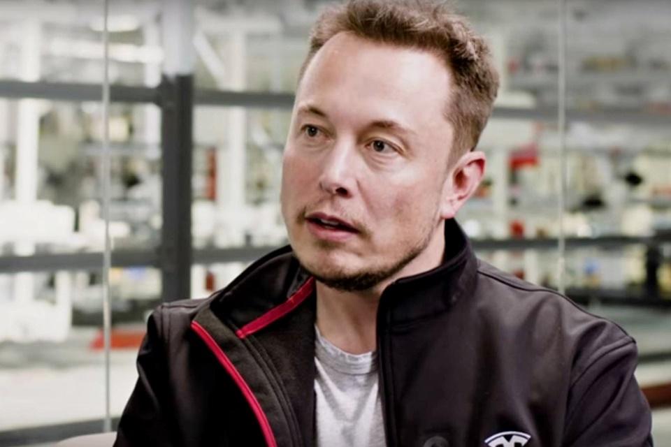 """""""Inteligência artificial é mais perigosa do que armas nucleares"""", diz Musk"""