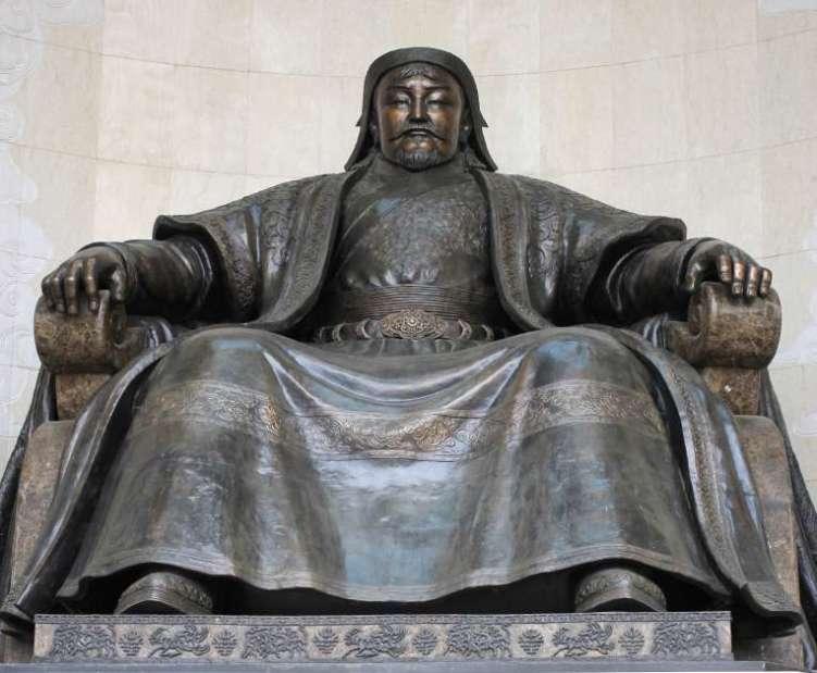 Estátua de Genghis Khan