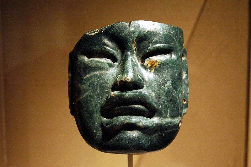 Máscara de jade olmeca