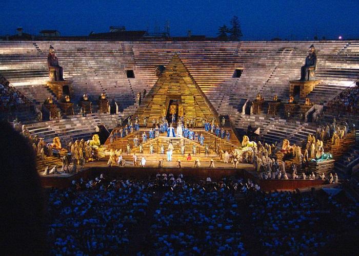 Apresentação de ópera na Arena