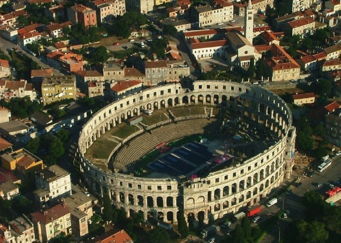 Arena de Pula, Croácia
