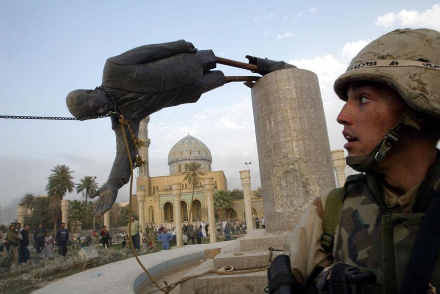 Estátua de Saddam