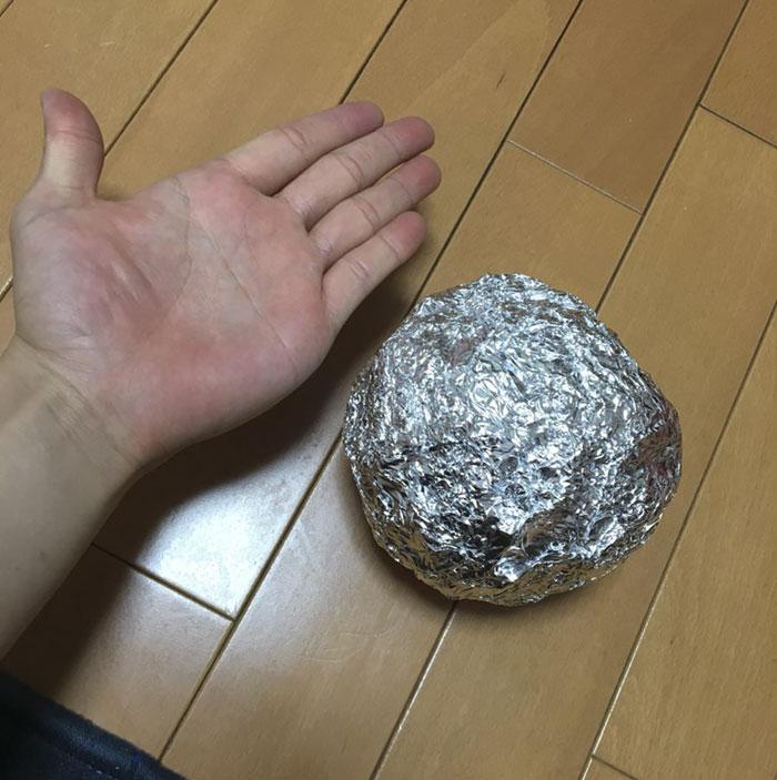 Bola de alumínio