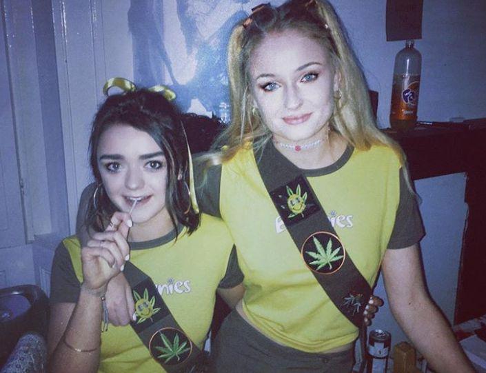 Sophie Turner e Maisie William