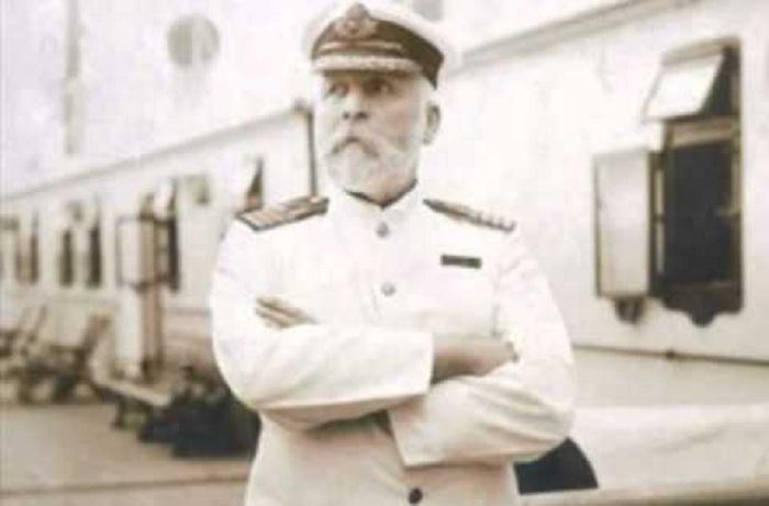comandante titanic