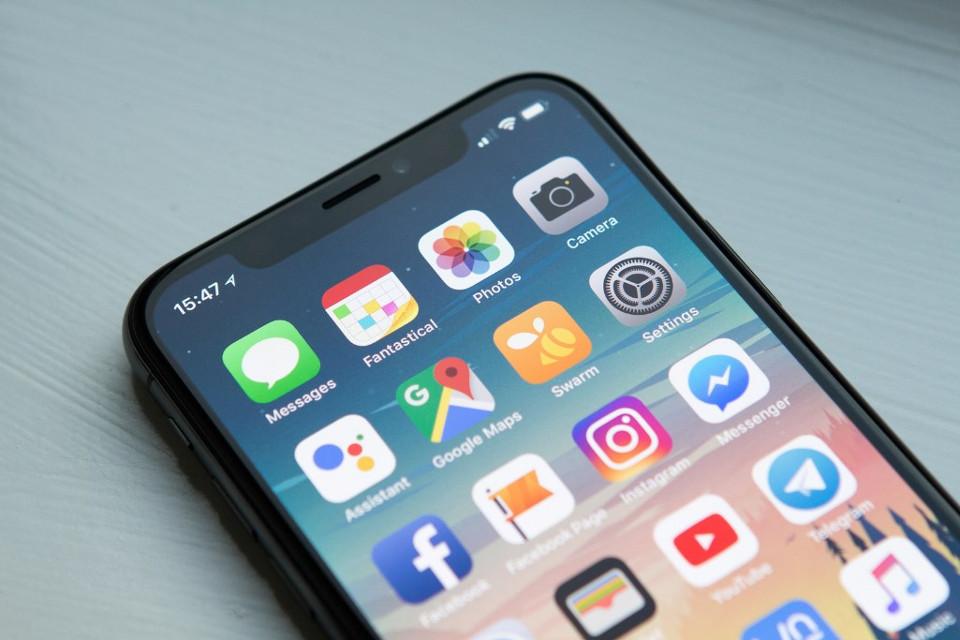 a1bc60c103e Apple quer proteger os olhos dos usuários que usam o iPhone no escuro