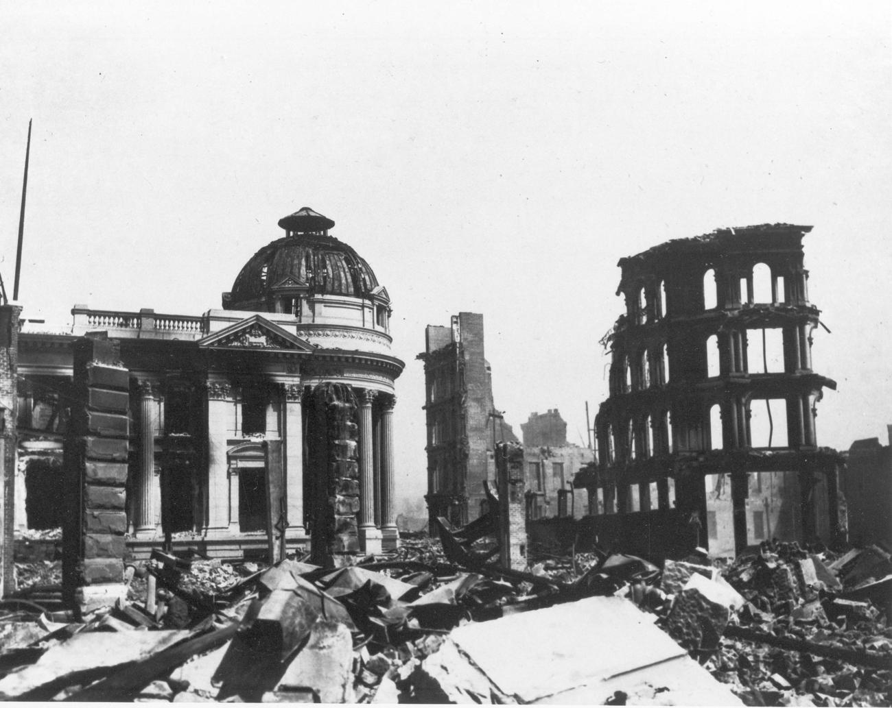 San Francisco destruída
