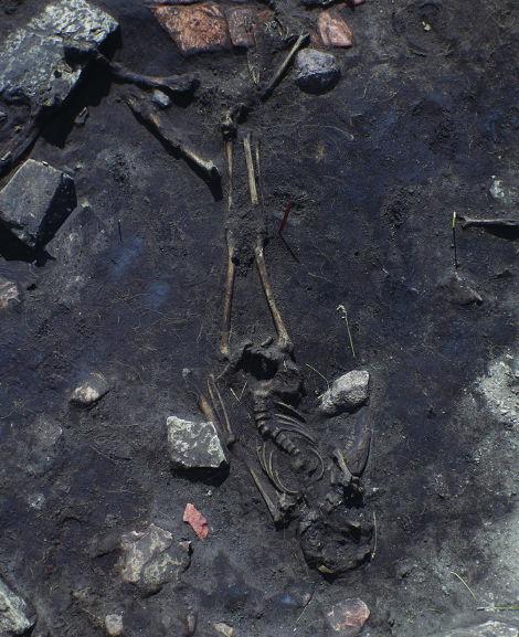 Esqueletos da Idade Média