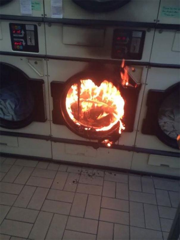 Secadora em chamas