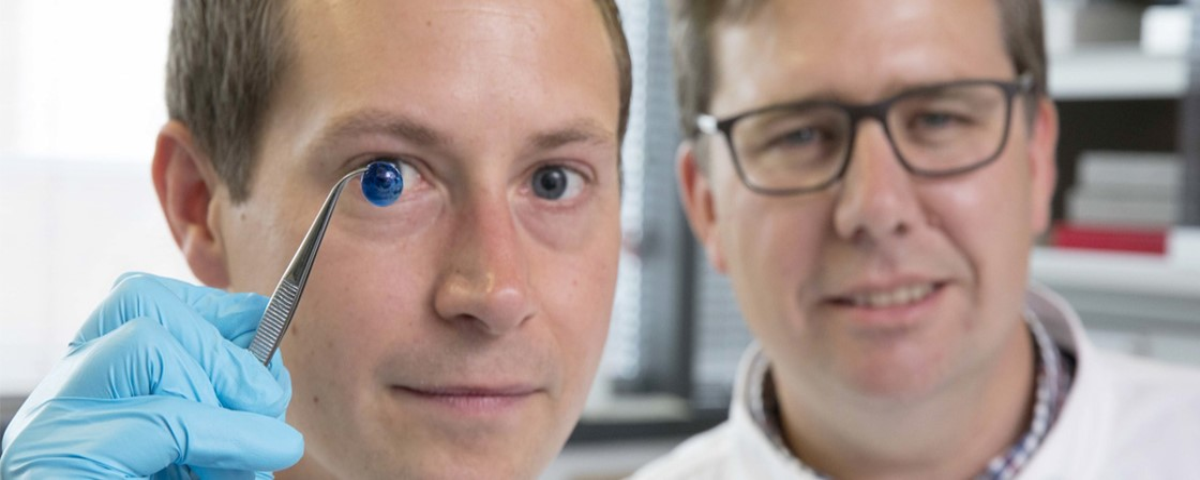 Imagem de: Cientistas criam córneas em impressora 3D para reduzir filas de transplante