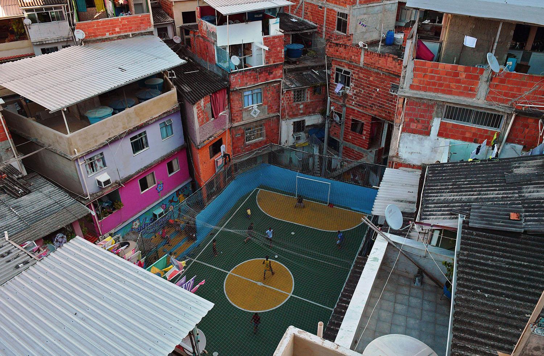 Favela Tavares Bastos