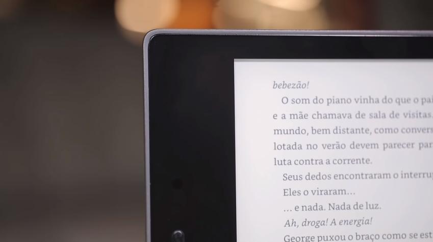 Amazon Kindle Oasis (2017): review/análise [vídeo] - TecMundo