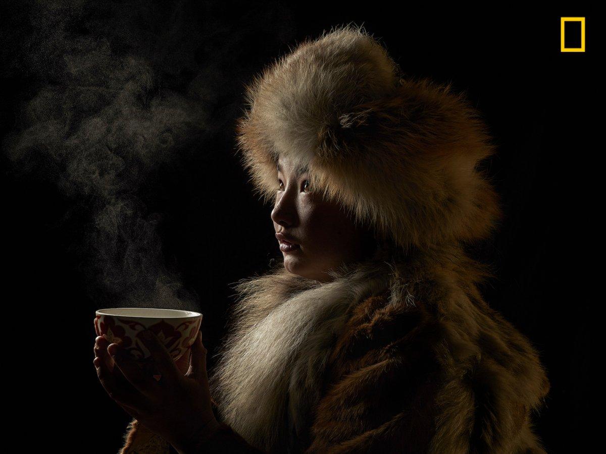 Mongol tomando chá