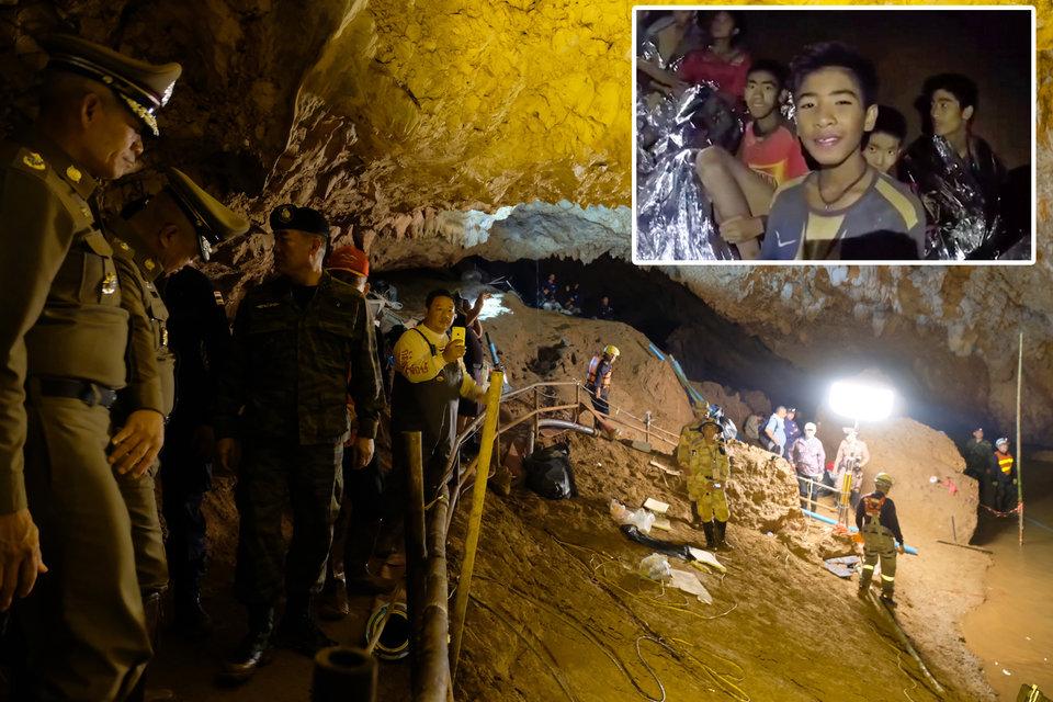 Meninos na caverna