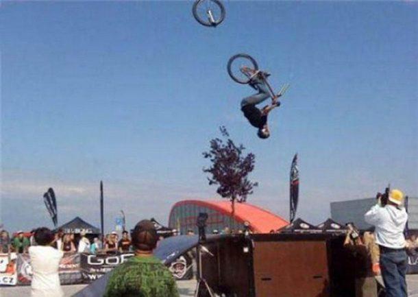 Manobra com bicicleta