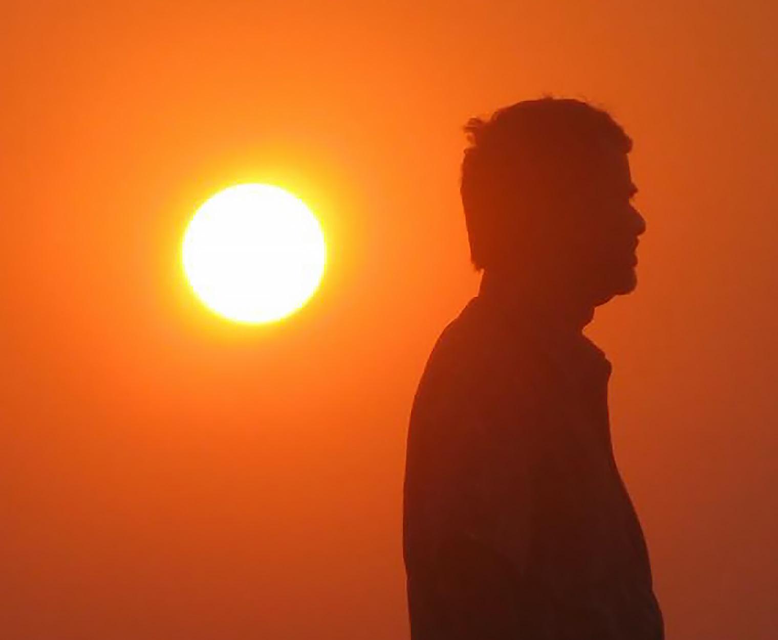 Homem sob o sol