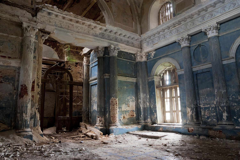 Igreja abandonada na Rússia