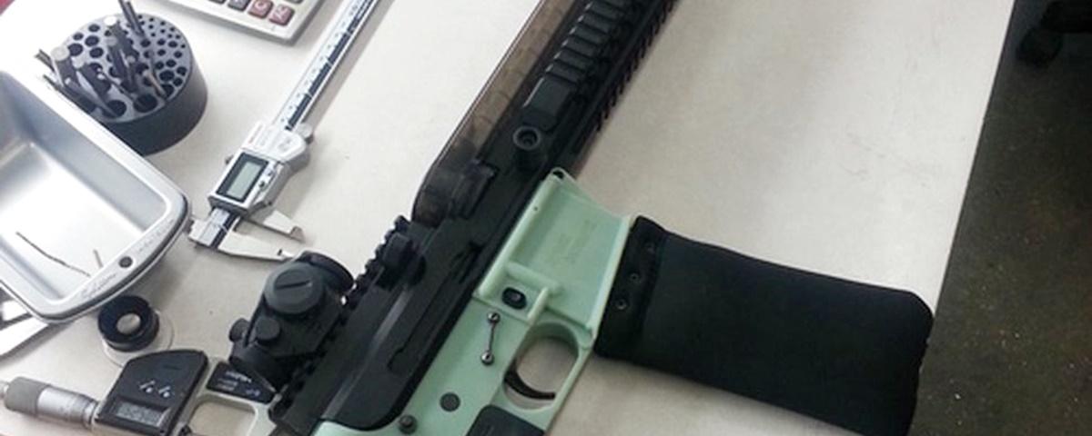 Imagem de: Facebook barra compartilhamentos sobre armas feitas com impressoras 3D