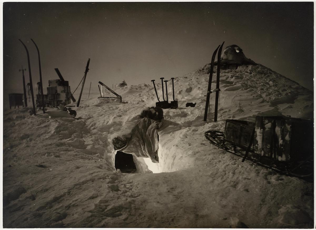 acampando no gelo