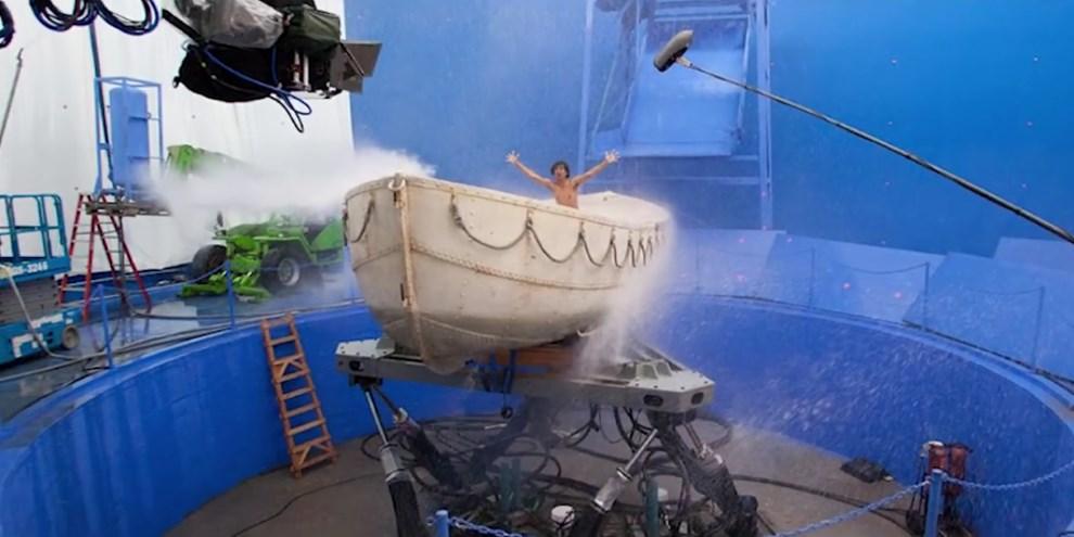 Fotos hilárias de atores antes dos efeitos digitais nos filmes