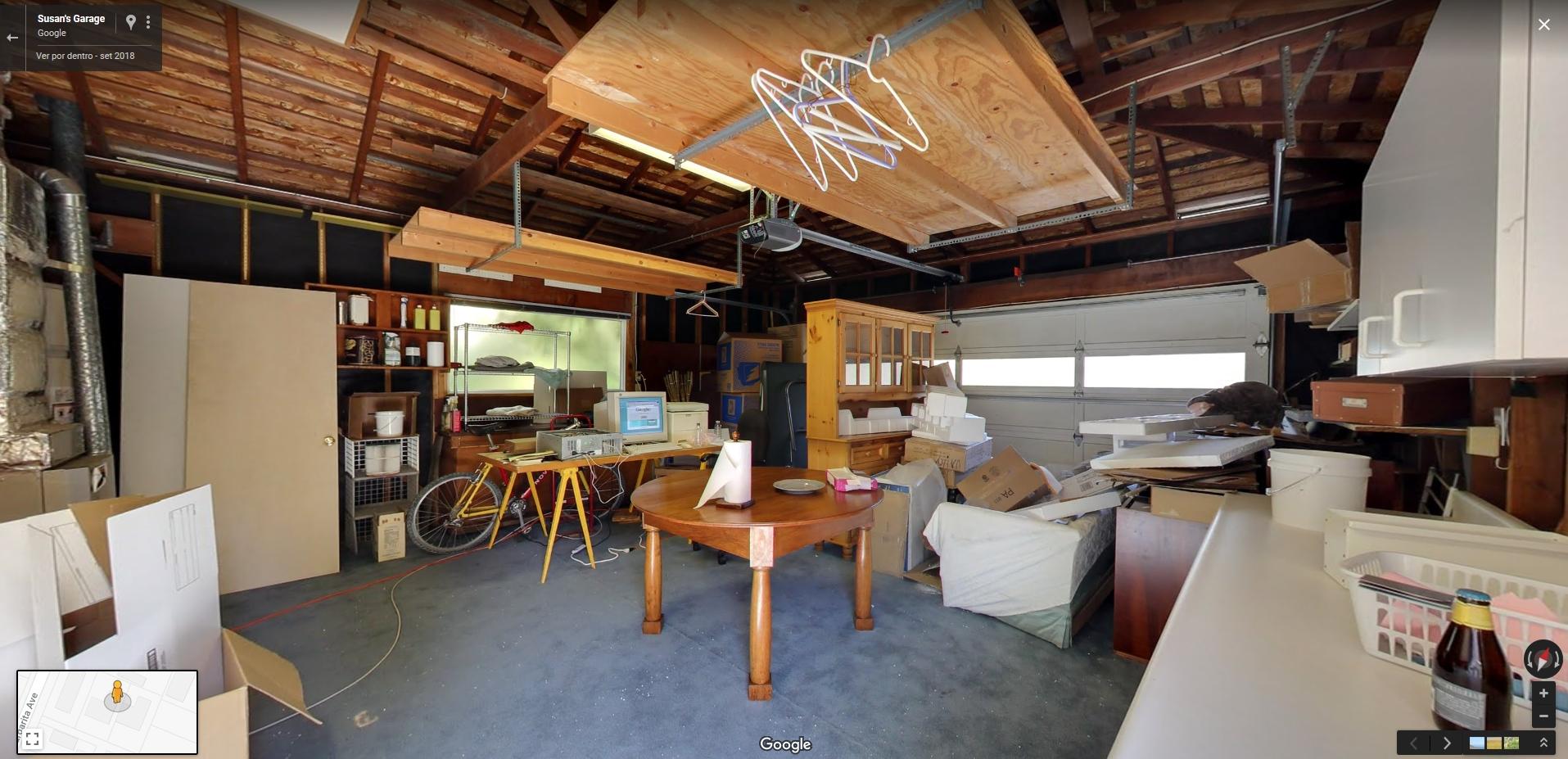 Faça um tour virtual pela garagem que foi a primeira sede da