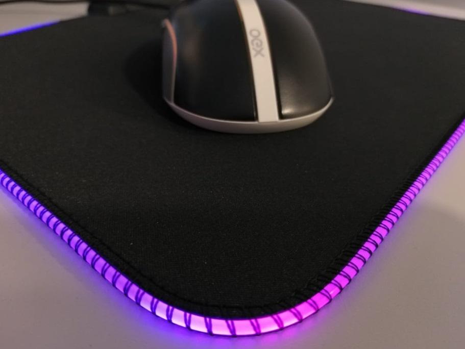 Um mousepad.