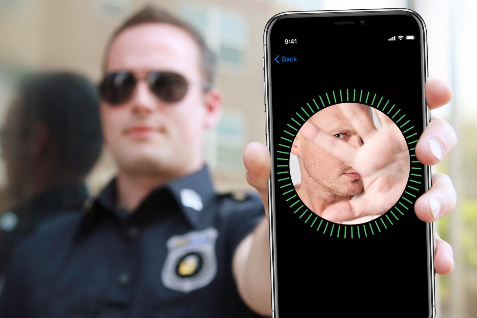 """Resultado de imagem para Polícia dos EUA é instruída a """"não olhar"""" para iPhones de suspeitos presos"""
