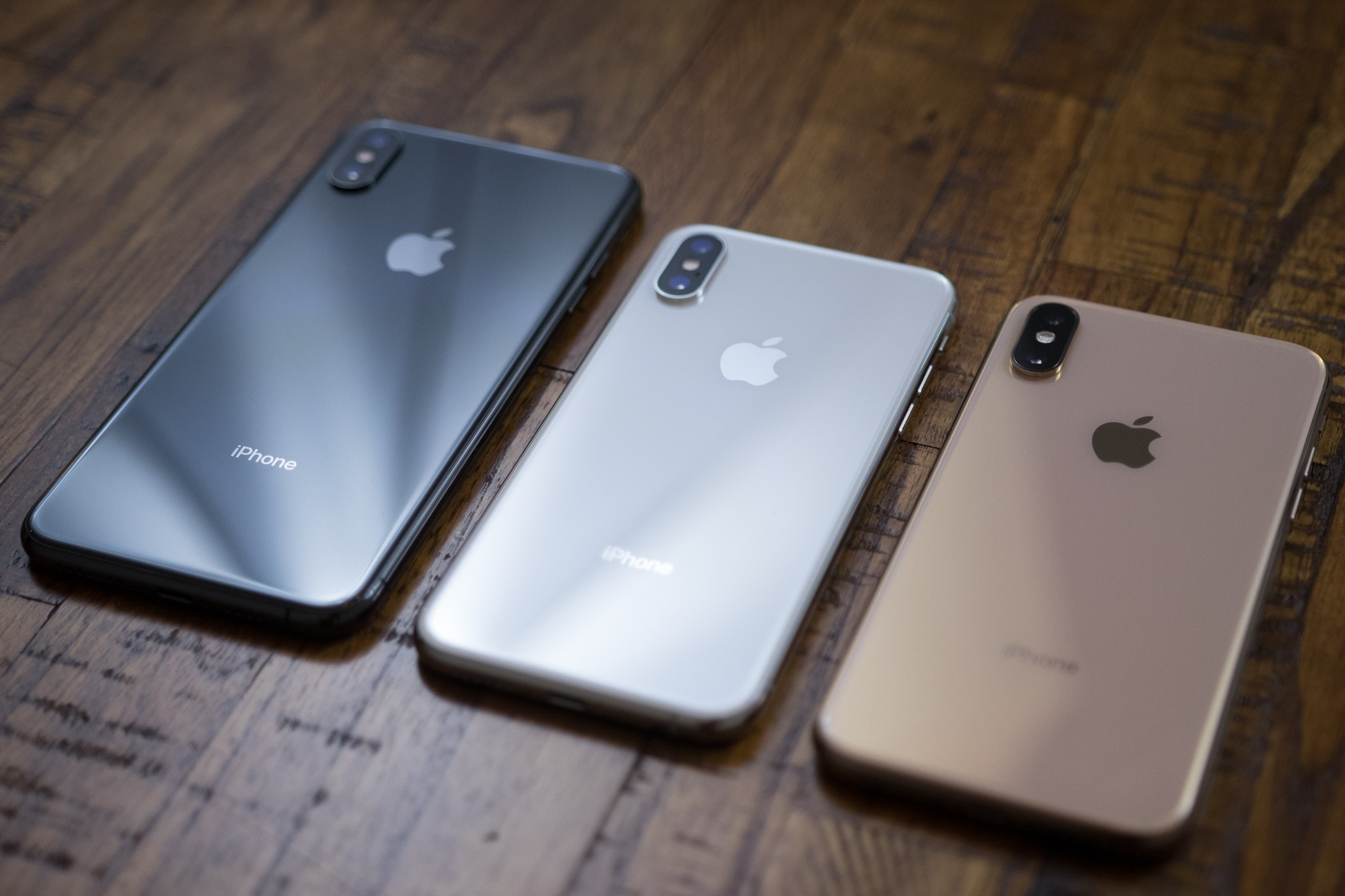 8d5cdcbac iPhones Xs