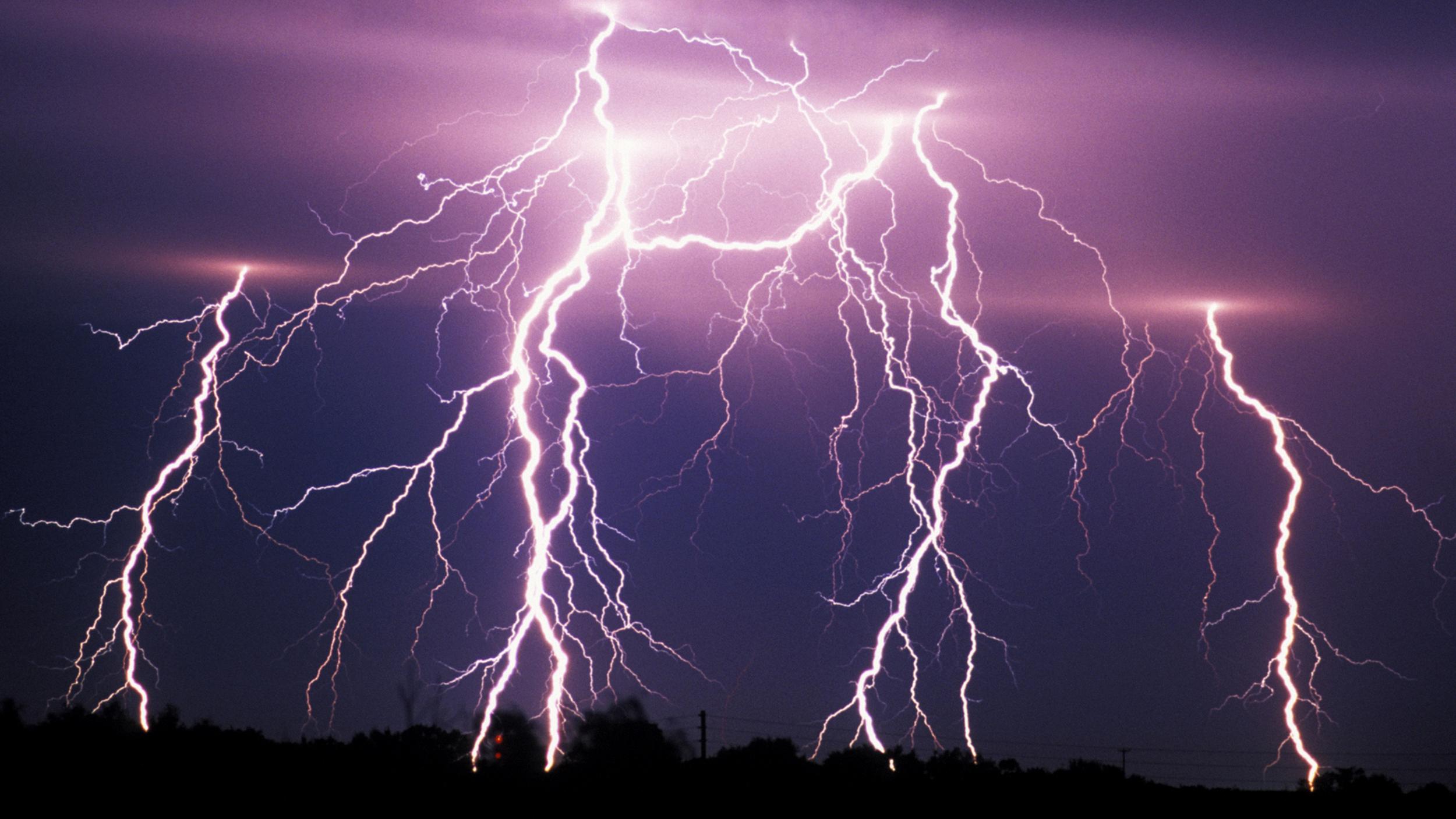 Tempestade de raios