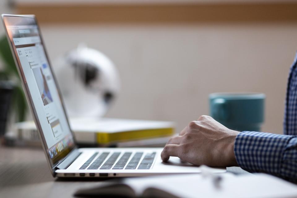 Procon revela lista de sites a serem evitados durante a Black Friday