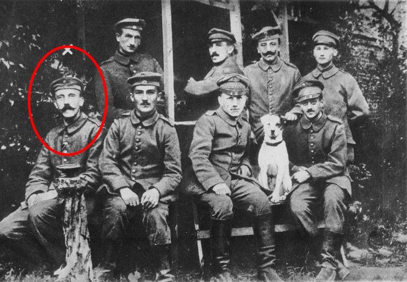 Adolf Hitler jovem