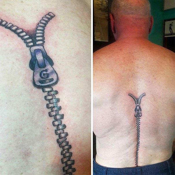 Zíper tatuado na coluna