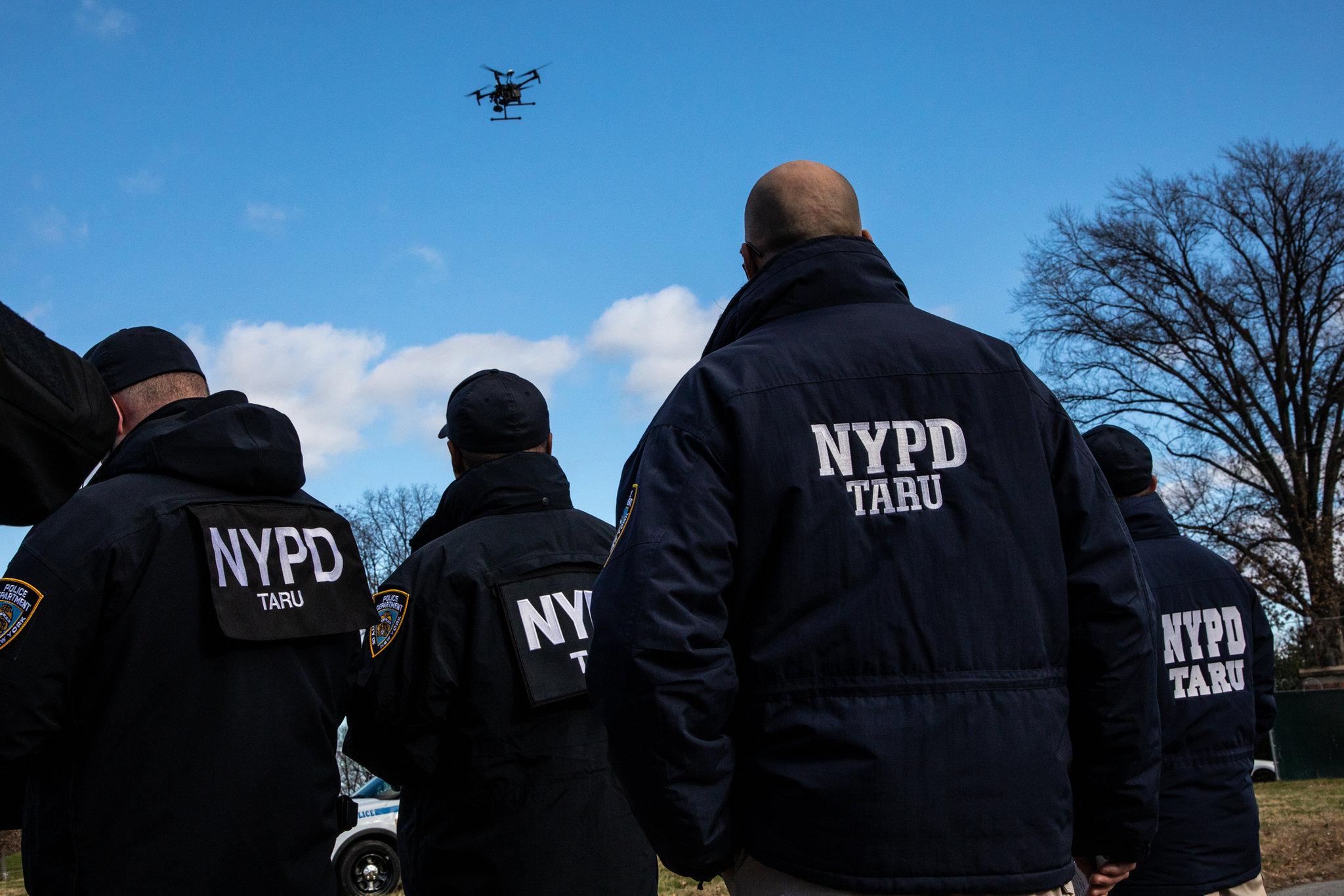 Polícia de NY vai usar drones para buscas e vigiar cidadãos em eventos 5fdf63382e