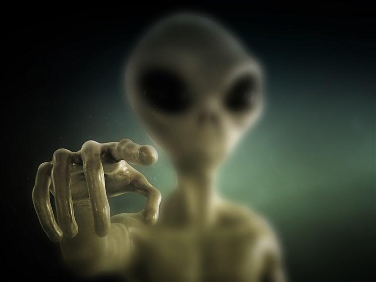 Típica representação de alien