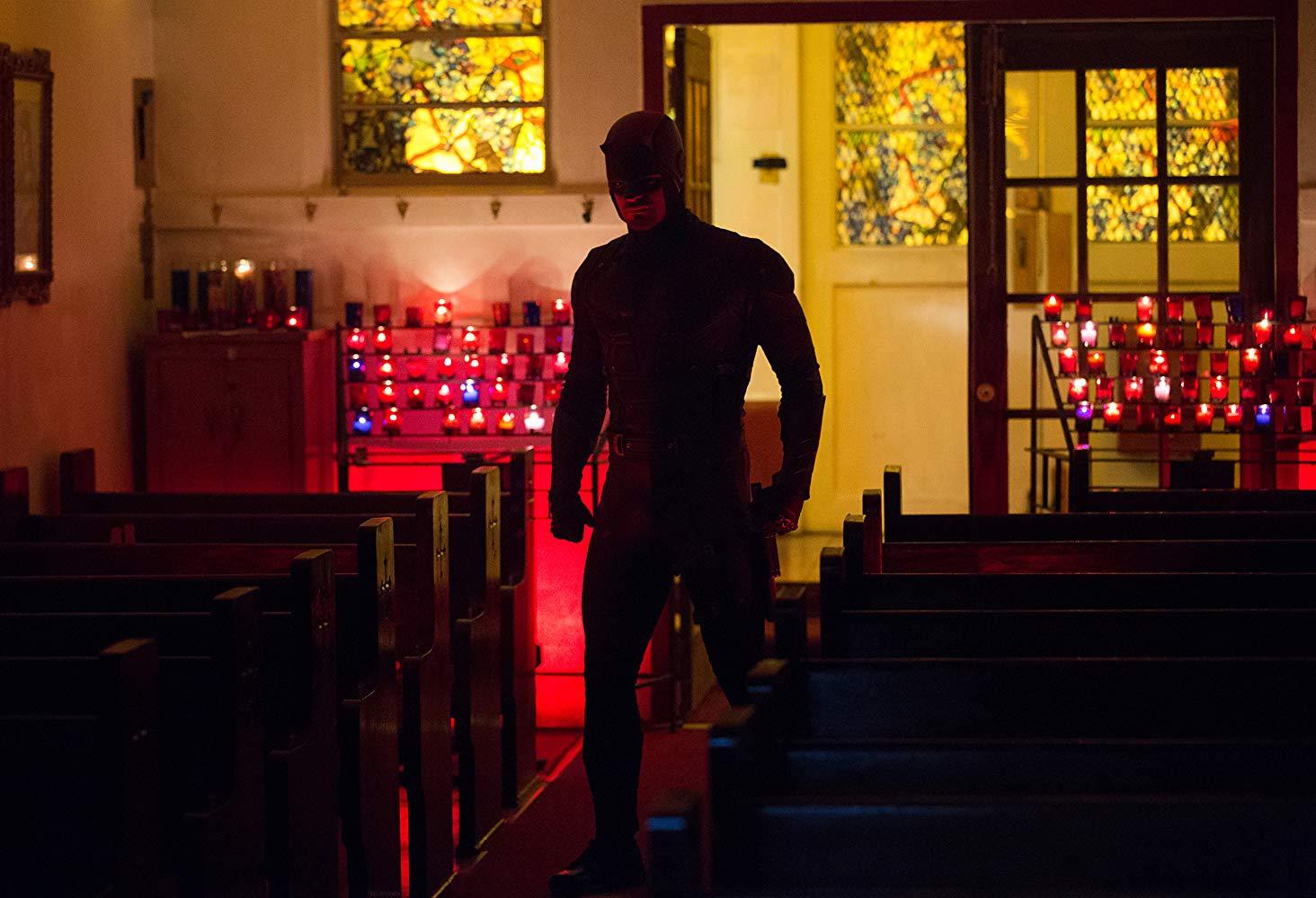 Charlie Cox espera voltar a interpretar o Demolidor
