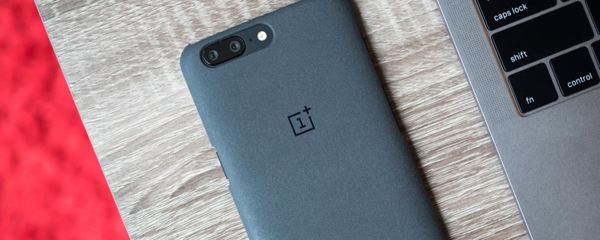 OnePlus avisa que não pretende lançar celular dobrável tão cedo