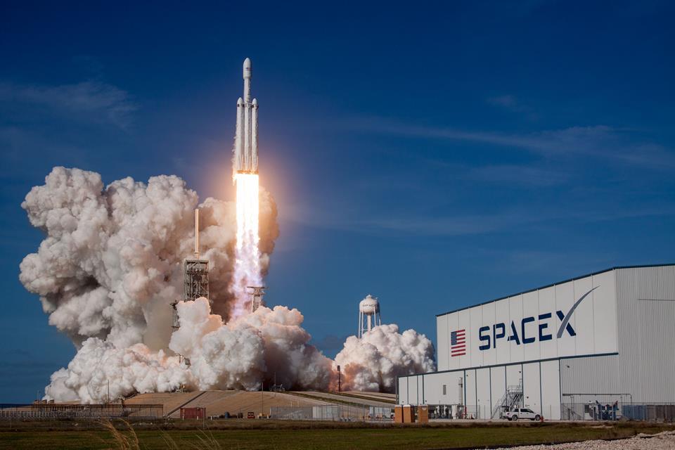 NASA e SpaceX fecham novo contrato de US$ 50 milhões