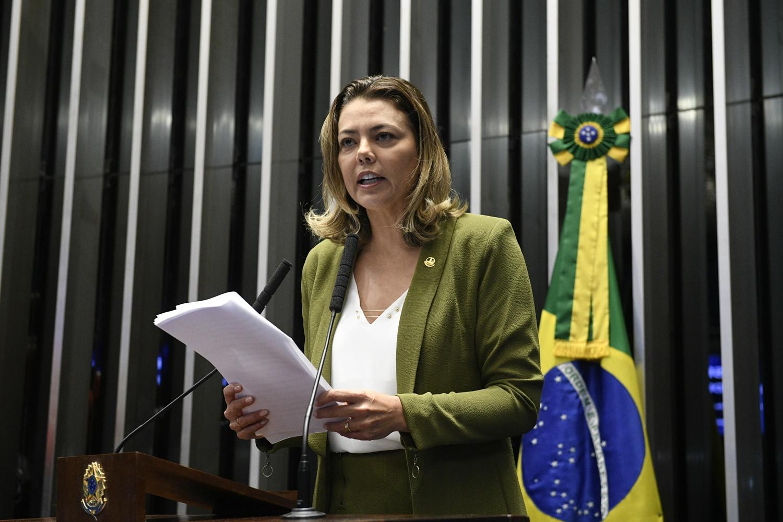 A senadora Leila Barros