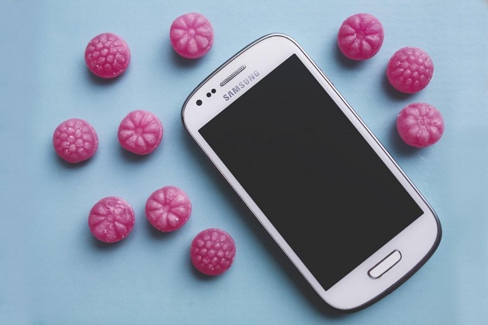 Samsung tem queda de 56% do lucro após baixa na venda de chips e celulares