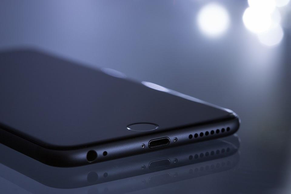 Apple oferece US$ 1 milhão a quem quebrar segurança de iPhones
