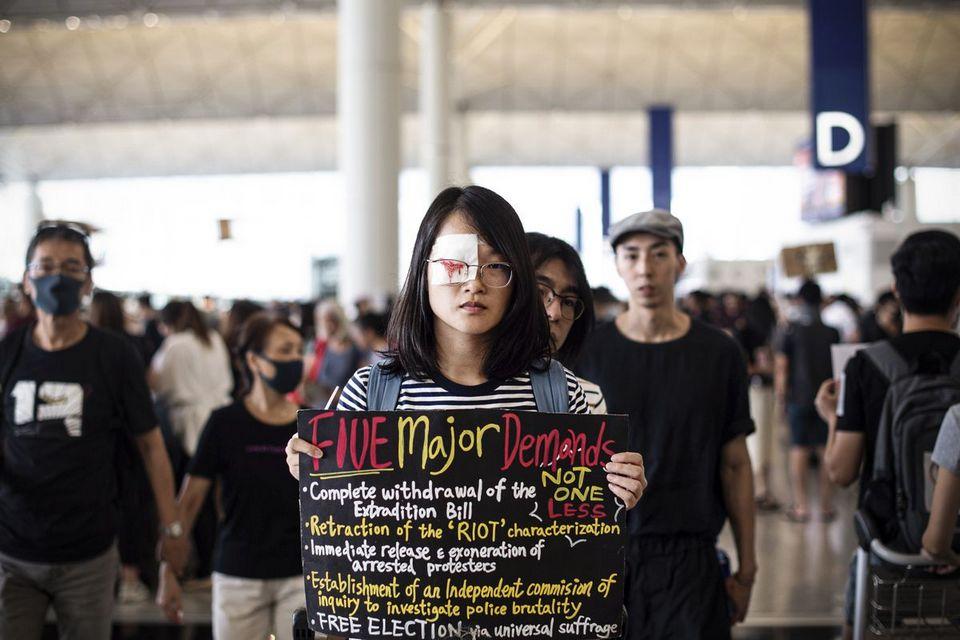 YouTube deleta 210 contas por notícias falsas sobre atos em Hong Kong