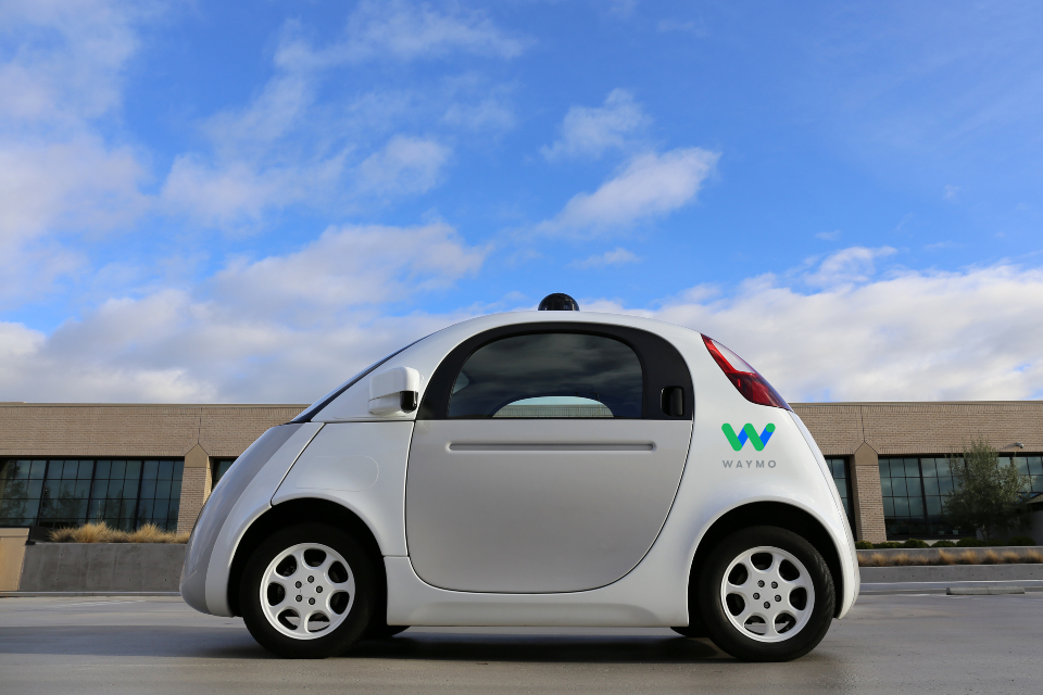 Waymo decide compartilhar dados de testes de seus carros autônomos