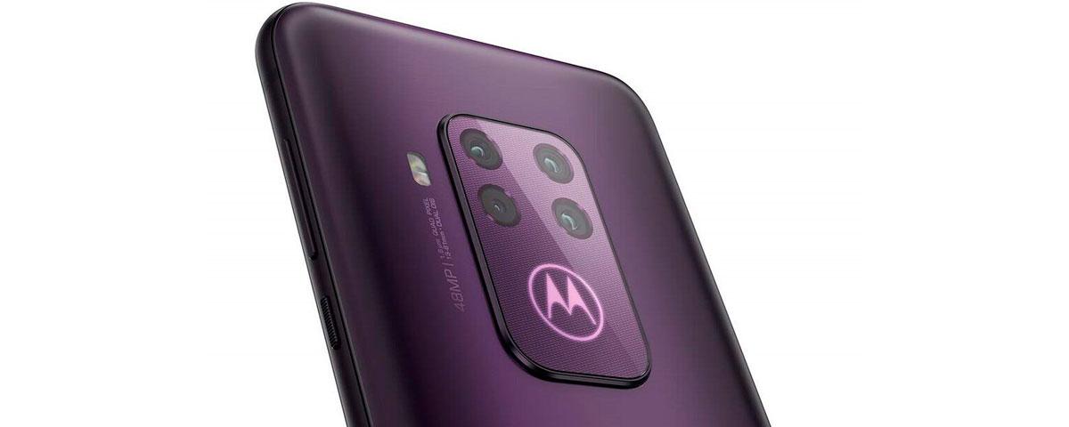 Motorola One Zoom vaza novamente: câmera quádrupla, 48 MP e zoom de 5x