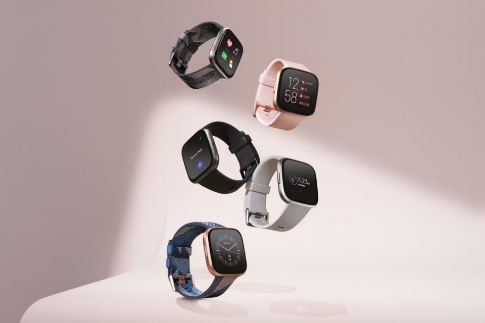 Fitbit Versa 2 tem Amazon Alexa embutida e vai concorrer com o Apple Watch