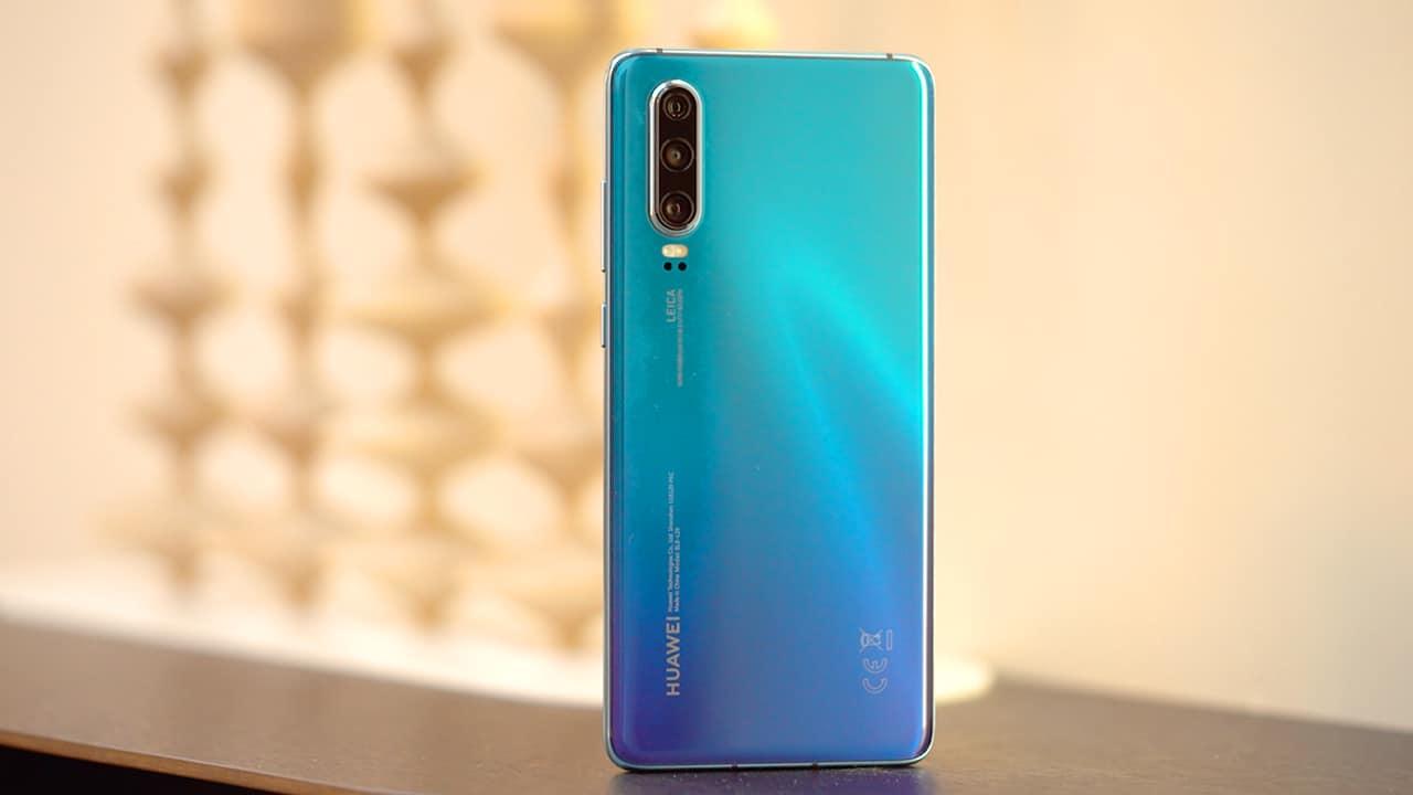 """Huawei P30 Pro ganha novas opções de cor; """"Misty Lavender"""" e """"Mystic Blue"""""""